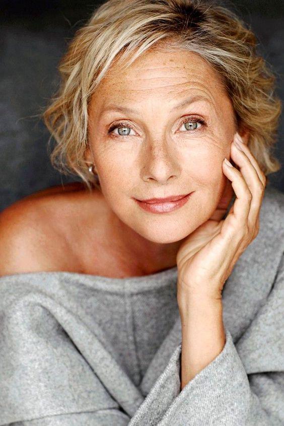 makeup woman over 30